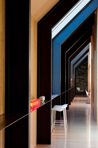 struktur. se hela huset. finns en film oxå.  Rick Joy Architects
