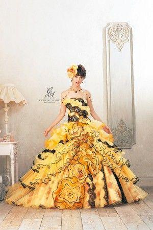 黄色ドレスの剛力彩芽