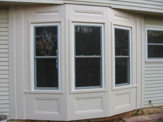 Pin By Karen Roth On Windows Bay Window Trim Exterior Exterior Decor Window Trim