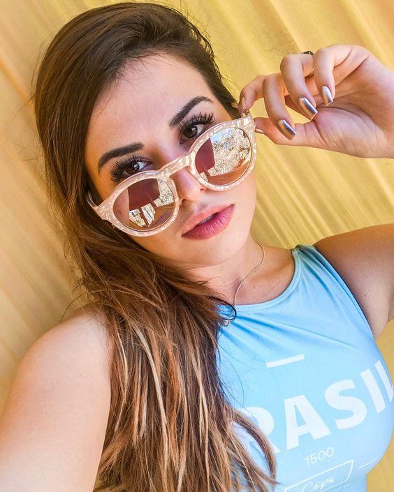 Selfie  Maiô  Óculos de sol  Óculos de sol rosado