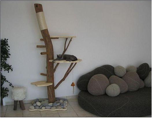 chats. Black Bedroom Furniture Sets. Home Design Ideas