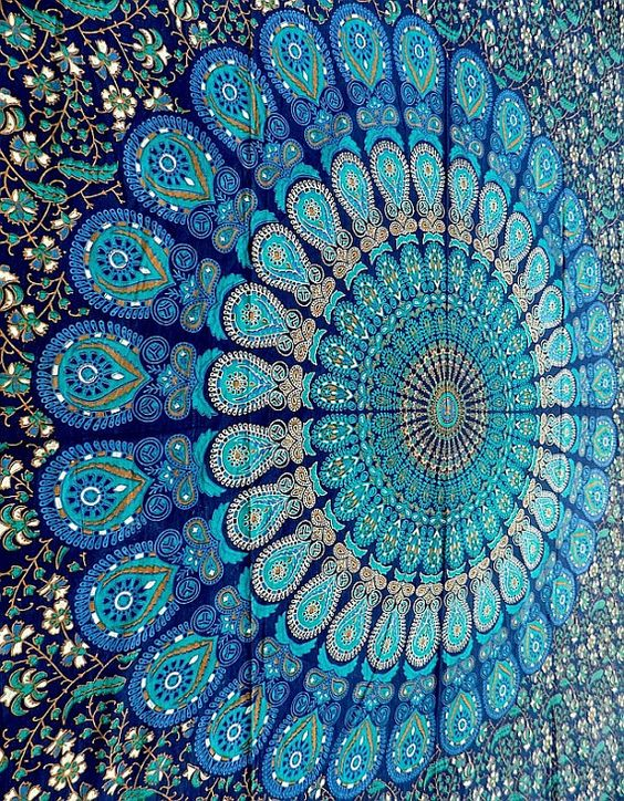 Mandalas tentures and mur de tapisserie on pinterest for Decoration murale mandala