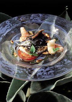 104 |   mató con amapola, tomate, anchoas y aceite de albahaca (El Bulli, 1991, tapa)