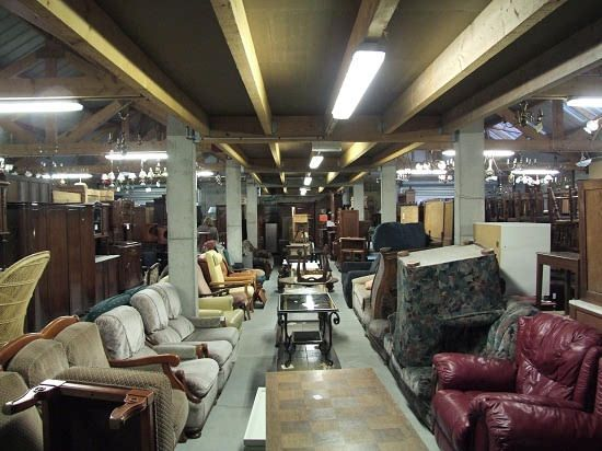 Emmaus S In France Great For, Consignment Furniture Warehouse