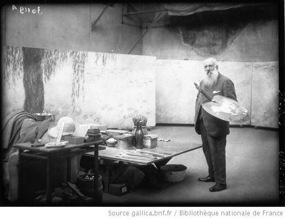 Monet *look at his palette and paintbrush*