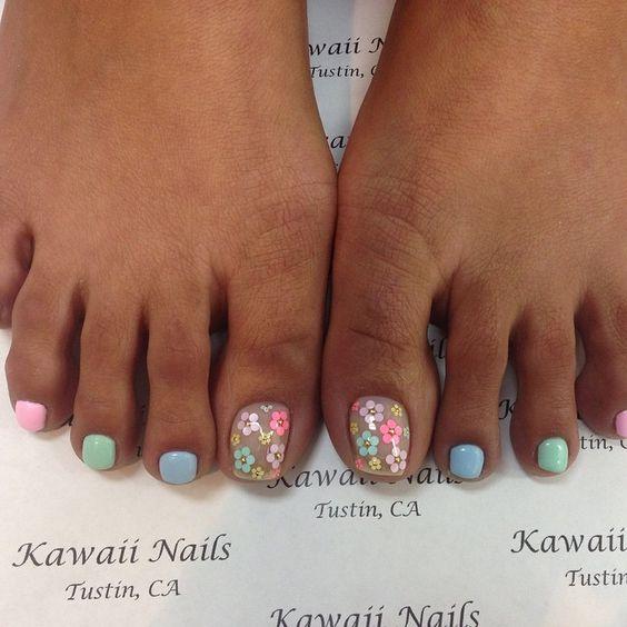 Pedicure#kawaii #kawaiinails #presto #calgel #gel #gelnails #nails #nailart #naillabo #nailsalon #pedicure #easter #easternails