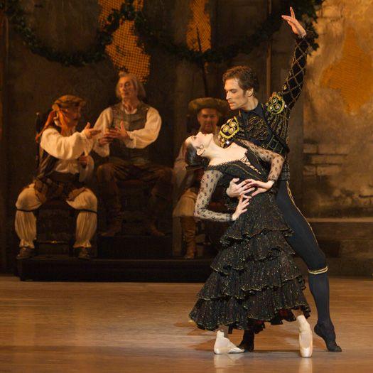 Tina Højlund as Mercedes & Mads Blangstrup as Espada in the Royal Danish Ballet's DON QUIXOTE