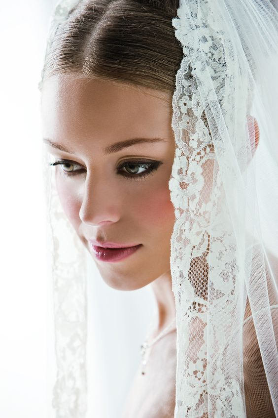 Braut mit Schleier