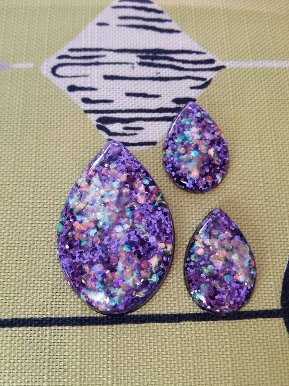 Confetti lucite teardrop earrings and brooch by desperatebeatnik, €20.00