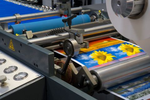 Day & Night are providing offset printing supplies in Virginia from last 30 years. It consist of four color process, spot colors, metallic links and coatings etc. We can handle every printing challenge. For more information browse our website.