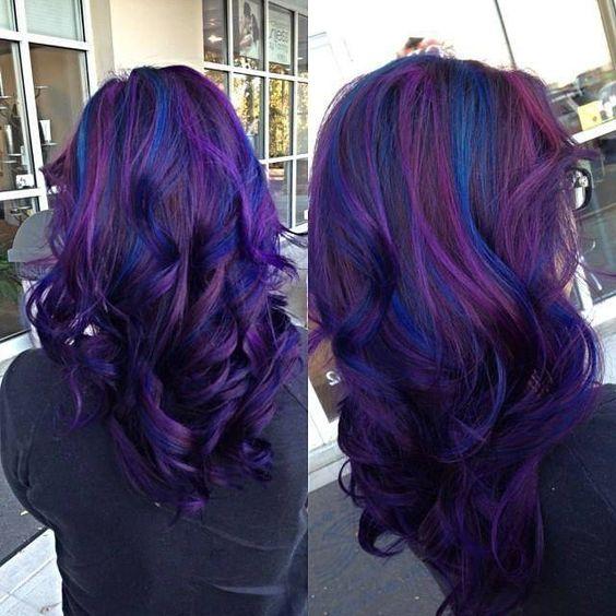fioletowe długie włosy