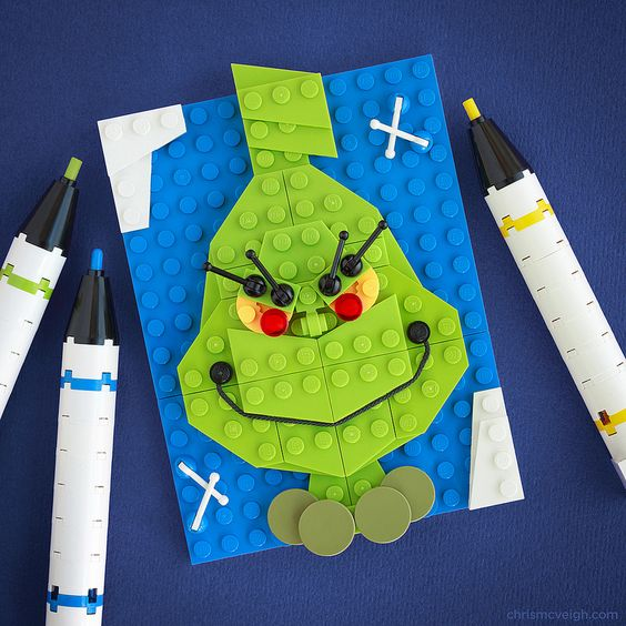 #LEGO #Bricksketch from Chris McVeigh You're a mean one, Mr. Grinch. What type of mosaic will you and your boy create?