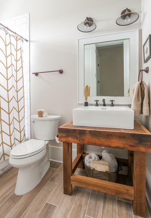 Sailmaker S Way Coastal House Plans From Coastal Home Plans Bathroom Red Blue Bathroom Interior Rustic Bathroom Decor
