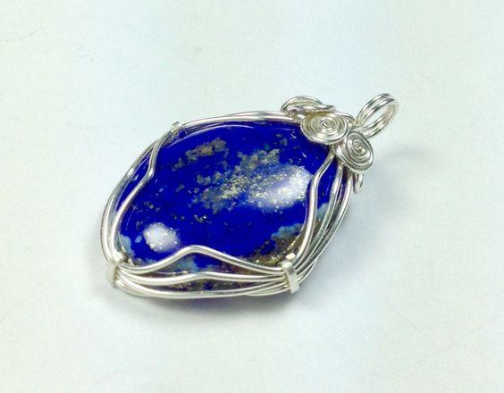 """Anhänger Lapislazuli in Silber """"azul' von LaSombrilla auf DaWanda.com"""