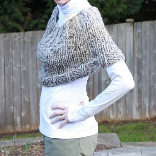 Ravelry: Easy Big Needle Capelet pattern by Kristin Tolle hand knitted Pi...