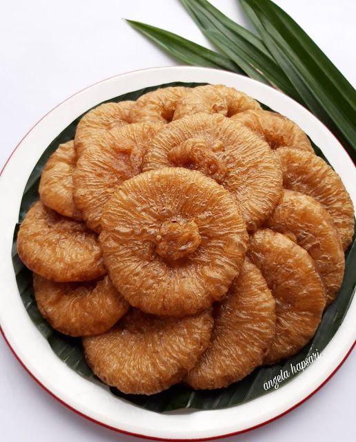 Kue Cucur Gula Merah Recook By Angela Hapsari Resep Aneka Jajan Pasar Cooking Recipes Desserts Food Food Receipes