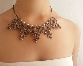 Collar de perlas blanco Puntilla boda rústica por DIDIcrochet