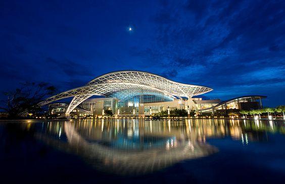 Centro de Convenciones / Convention Center