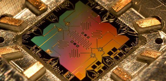 Tecnologia - Pesquisadores dão um passo importante no desenvolvimento da Computação Quântica!  Veja mais em: http://www.tekcenter.pt/store/pt/blog/Tecnologia/7-Pesquisadores-dao-um-passo-importante-no-desenvolvimento-da-Computacao-Quantica.html#sthash.K3NCDvD8.dpuf