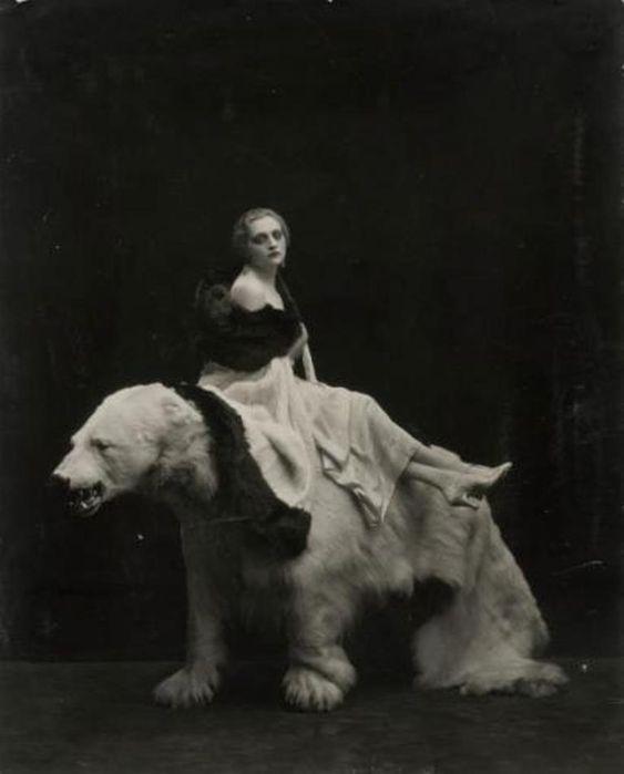 """madivinecomedie: """" Emilio Sommariva """" Emilio Sommariva. Femme à l'ours, années 1920 Via drouot """" View Post """""""