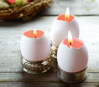 eggs, candles and napkin rings: