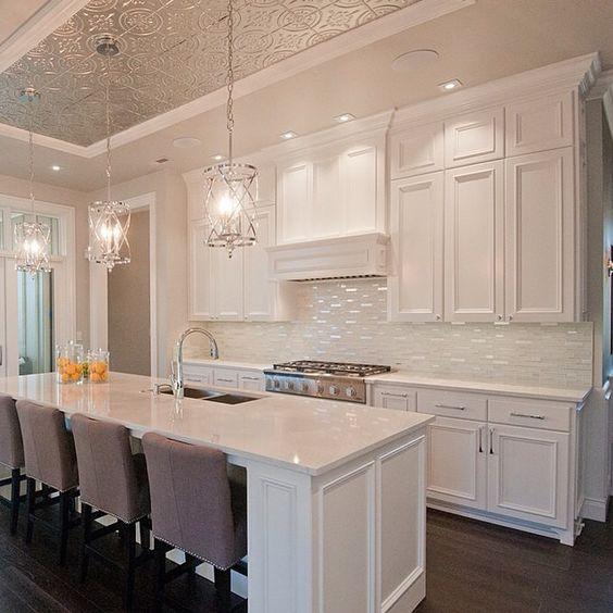 Elegant Kitchens: This Is A Very Elegant Kitchen. The Ceiling, Splashback