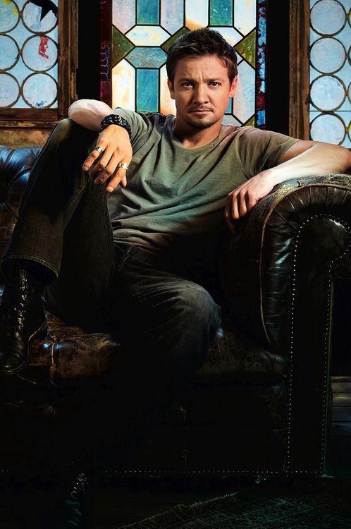 Jeremy Renner #03