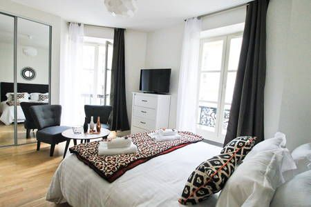 Check out this awesome listing on Airbnb: Balcon à l'Opéra de Paris - Apartments for Rent in Paris
