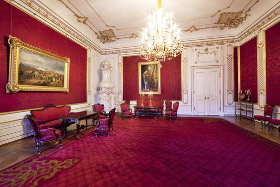 Großer Salon - http://www.hofburg-wien.at/wissenswertes/kaiserappartements/rundgang-durch-die-kaiserappartements/grosser-salon.html