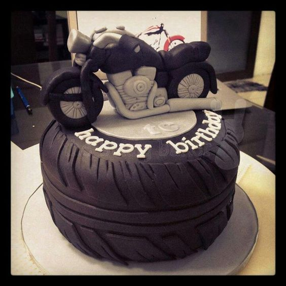 Tyre Wedding Cake
