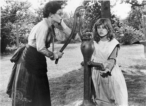 "Anne Bancroft and Patty Duke in The ""Miracle Worker"" (1962)  Patty Duke - Best Supporting Actress Oscar 1962"
