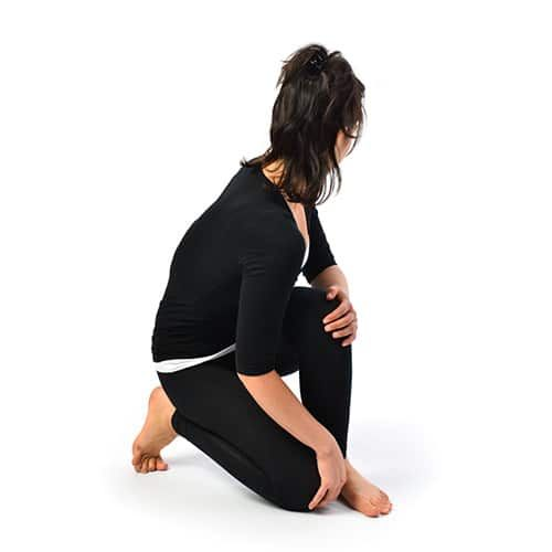 Benefits of Udarakarshanasana