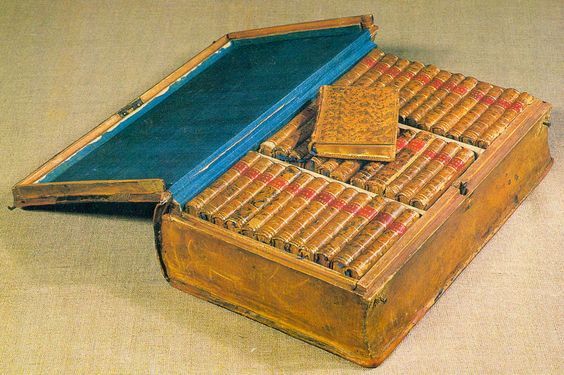 Napoleon Bonaparte always travelled with lots of books during his war campaigns, including this so-called Miniature Library of Traveler (Bibliotheque Portative du Voyageur) in a special leather box.