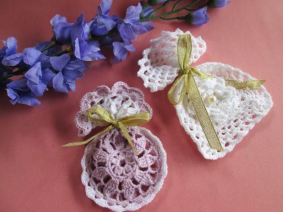 Aprenda a fazer sachês perfumados. #vintage #retro #crochet #ideas