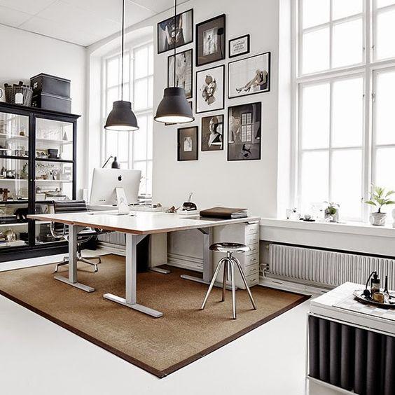 Oficinas estudios and espacios on pinterest for Disenos de oficinas en casa