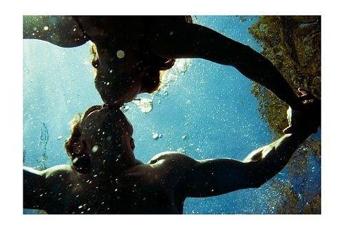 kiss me underwater