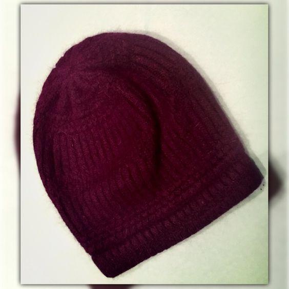 ❄️⛄️❄️Dark Purple Winter Hat⛄️❄️⛄️ ❄️⛄️❄️Dark Purple Winter Hat⛄️❄️⛄️ Charming Charlie Accessories Hats