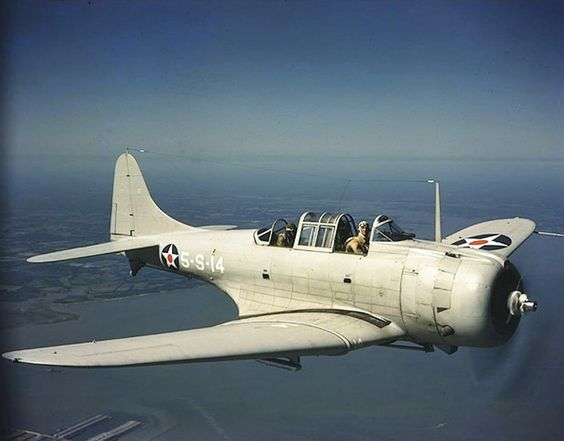 """Douglas SBD-4 """"Dauntless"""" dive bomber."""