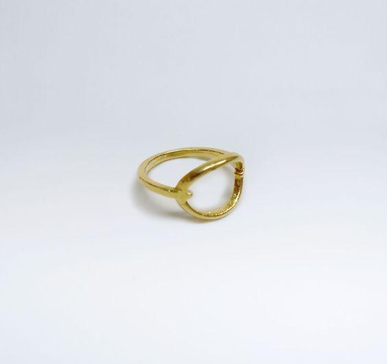 Anel Aberto Anelar em Prata com Banho de Ouro +info: joias.she@gmail.com