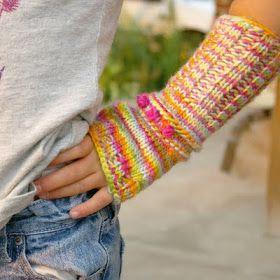 free, knitting pattern, tutorial, mittens, children, kid kids, mitts, wrist warmers, fingerless, arm warmers, diy