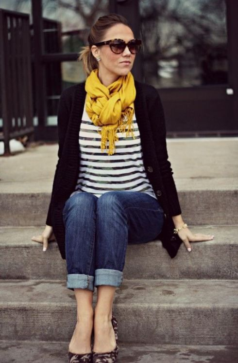Nautical striped shirt with black cardigan (can replace with blazer), rolled jeans, contrasting-print flats and an unexpected pop of color.: