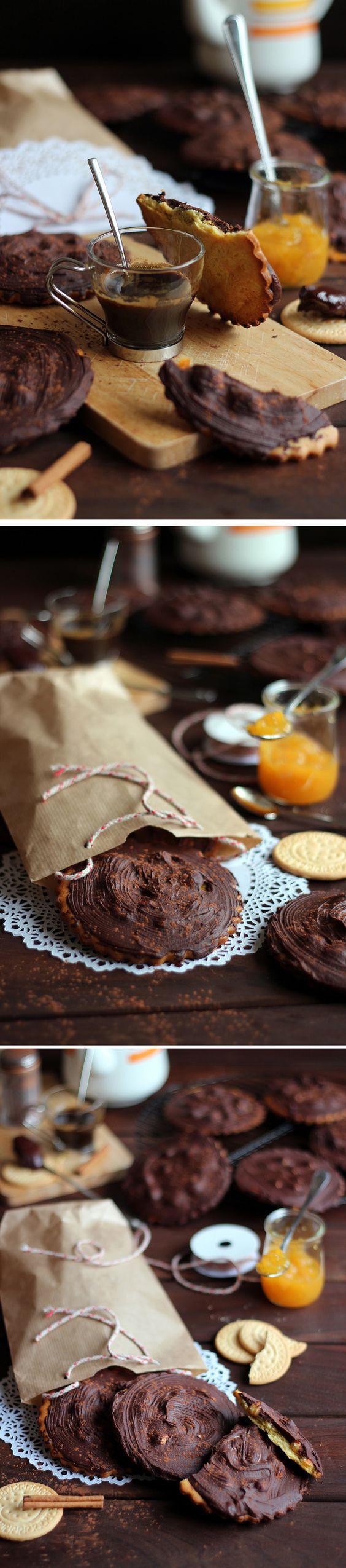 Galletas gigantes de chocolate y avellanas