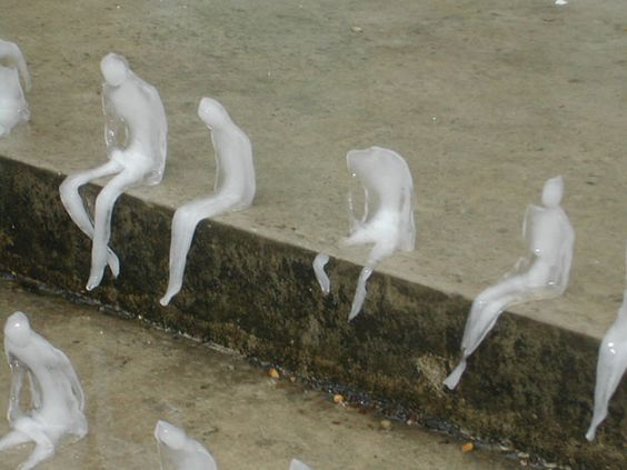 ice sculpture installation by Brazilian artist Nele Azevedo.