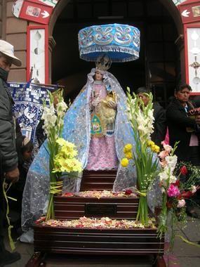 Acabo de compartir la foto de Sergio Reyna que representa a: Señora del Rosario, Cusco