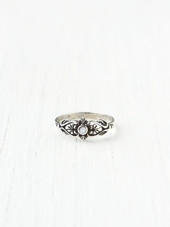 Delicate Organic Stone Ring