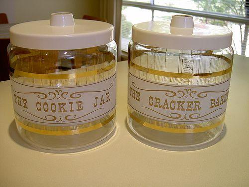 Pyrex Cracker Barrel and Cookie Jar