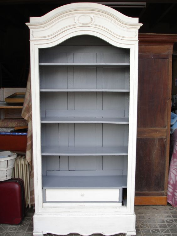Bonneti re transform en biblioth que patine ficelle int rieur gris id es pour la maison Relooker armoire ancienne idees