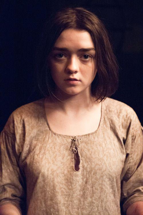 "Maisie Williams/Arya Stark in Game of Thrones ""Mother's Mercy""..."