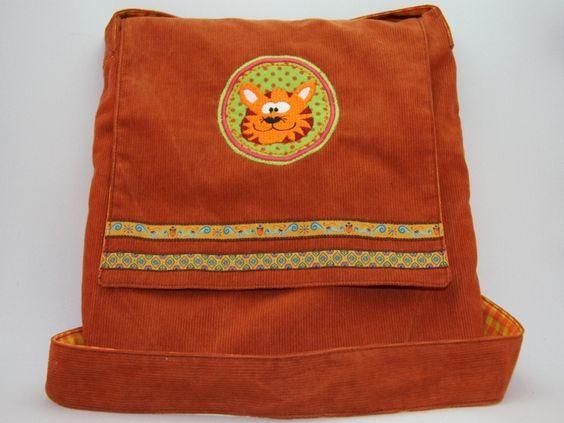 Nicht nur die Kleinen freuen sich über eine individuelle Tasche, sondern auch die angehenden Teenies wollen bedacht werden. Deshalb mache ich Kinde...