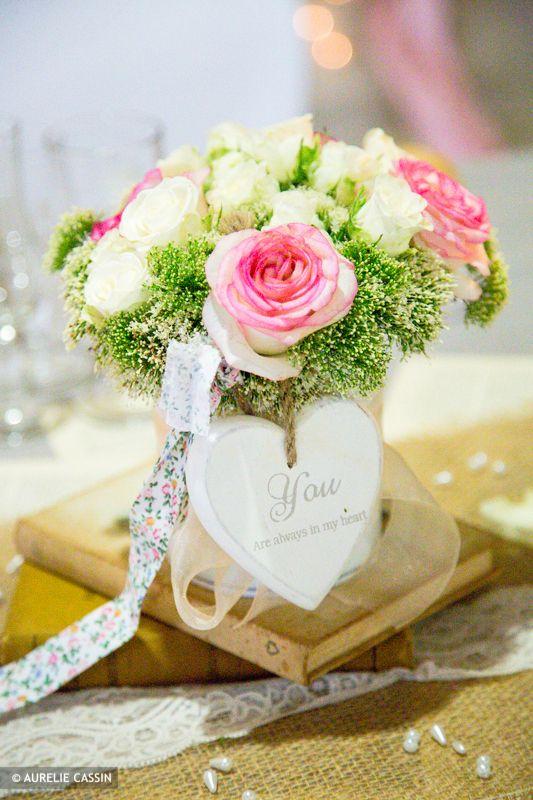 Decoration Table Ronde Mariage : Inspiration décorationsdemariage.fr  Mariage vert deau corail rose ...